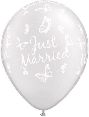 Qualatex Ballon Just Married mit Schmetterlingen Pearl Weiß 30cm