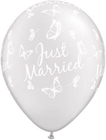 Qualatex Latexballon Just Married Schmetterlingen Pearl Weiß Ø 30cm