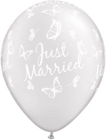 Qualatex Latexballon Just Married Schmetterlingen Pearl Weiß Ø 30cm