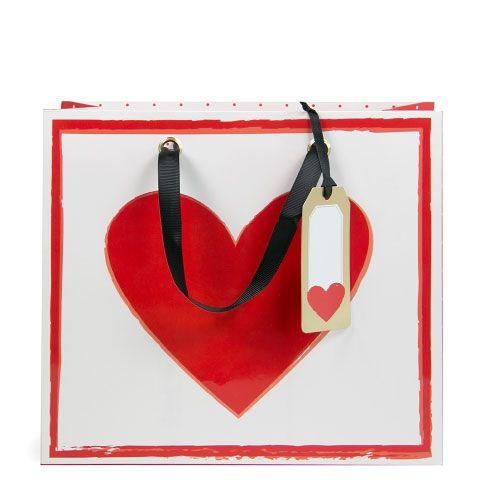 Rote Geschenktasche mit Herz